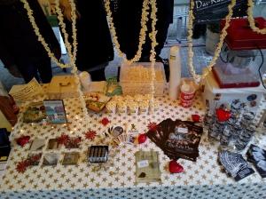 Nebst Popcorn waren schöne Weihnachtsgeschenke wie Biergläser oder Postkartenbüchlein im Angebot. Verpasst? Kein Problem: Die Artikel sind im Online-Shop noch bis zu Weihnachten erhältlich. :)